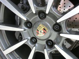 ポルシェ-タイヤ